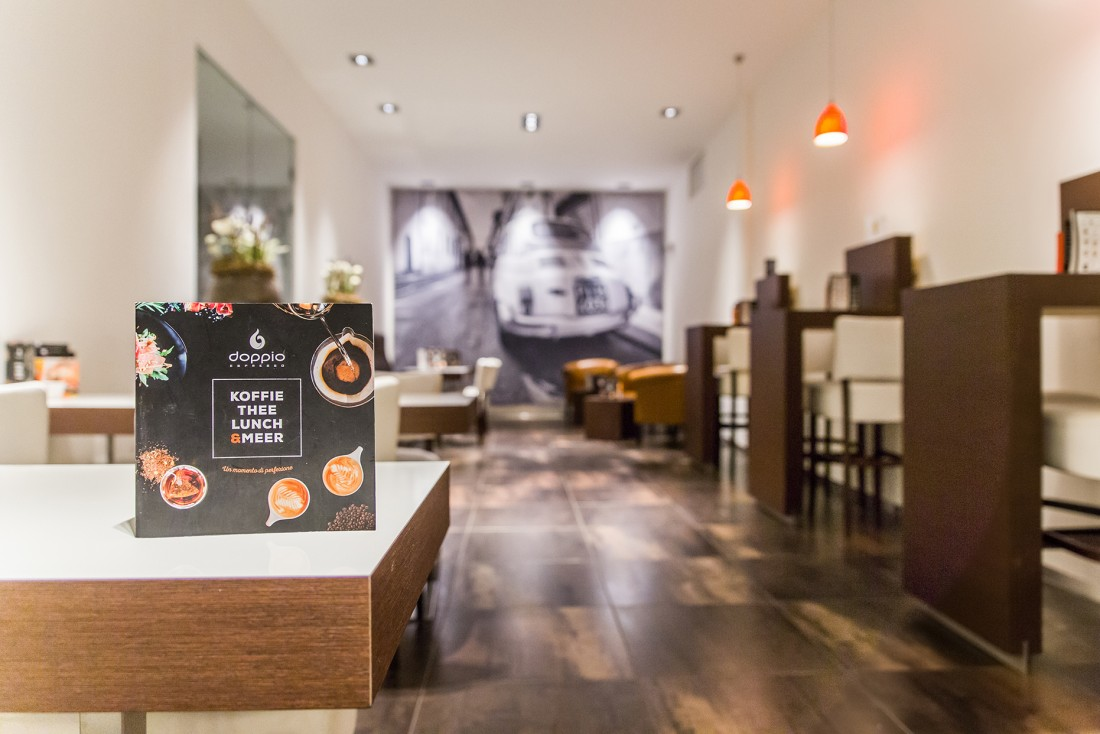 Doppio Espresso_Groningen_Fotopaneel_onscherp_Fiat_Wallpros_Close-up